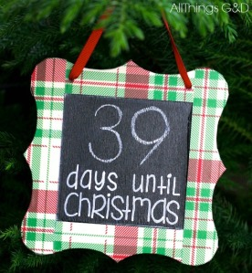 christmas-countdown-chalkboard-ornament-diy